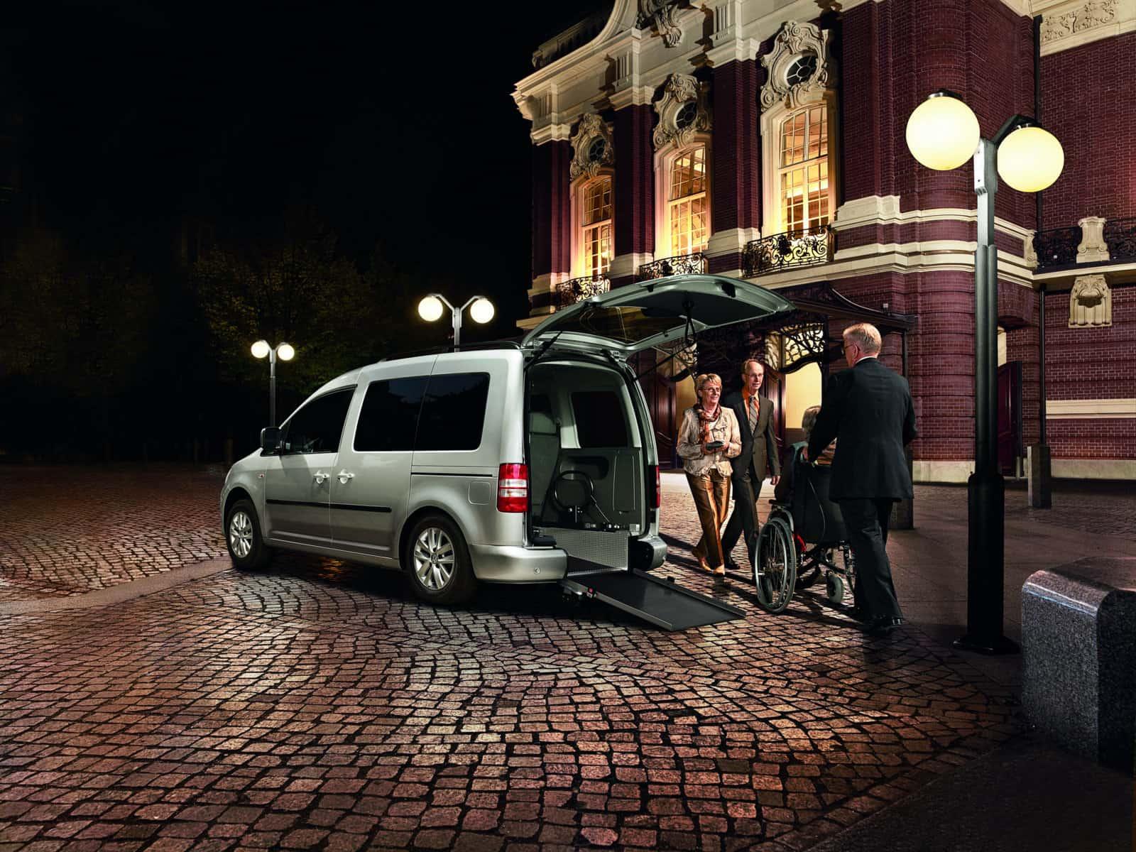 Der Caddy Maxi von VW Nutzfahrzeuge und AMF Bruns - Zwei