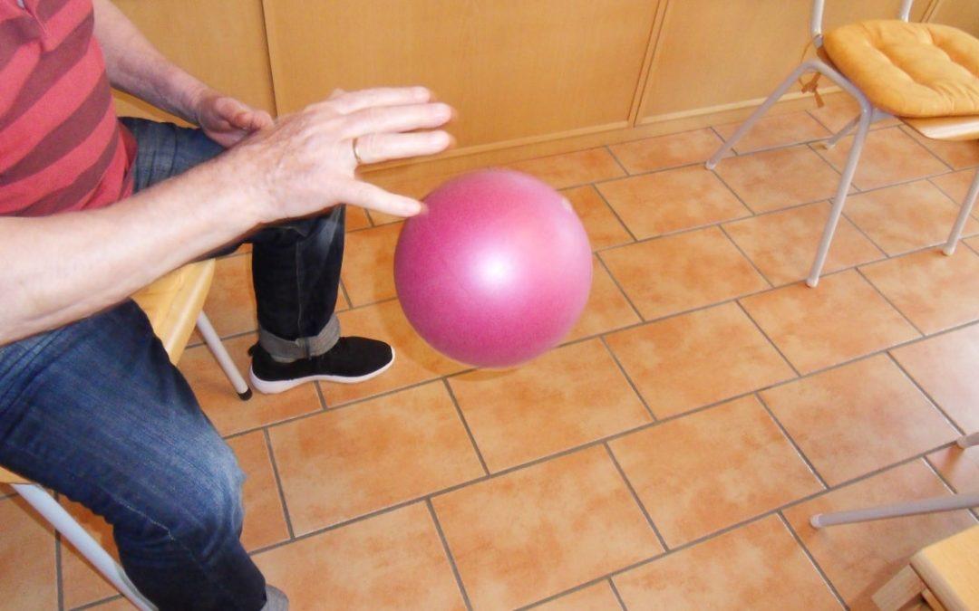 Bewegungshäppchen und Denkkonfekt – Bewohner täglich individuell und zielgerichtet fördern