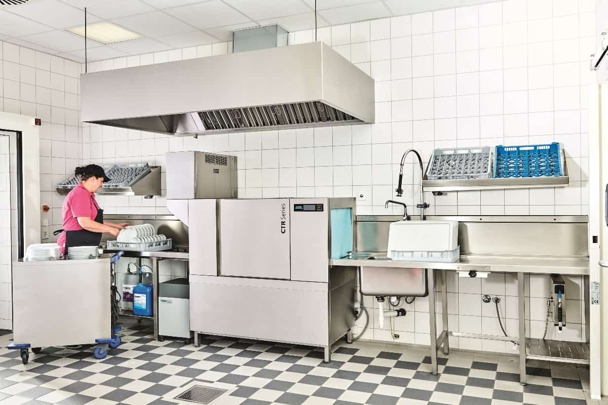 Korbtransportspülmaschine CTR - Foto: Winterhalter Gastronom GmbH